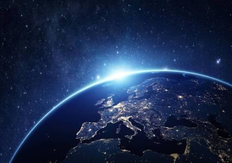 solstrimma över jorden